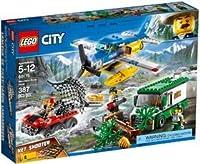 Prendi il tuo distintivo, unisciti agli agenti della polizia della montagna LEGO® City e partecipa all'indagine della Rapina sul fiume. Questo divertente giocattolo per bambini e bambine contiene un idrovolante della polizia con elica funzionante, ca...
