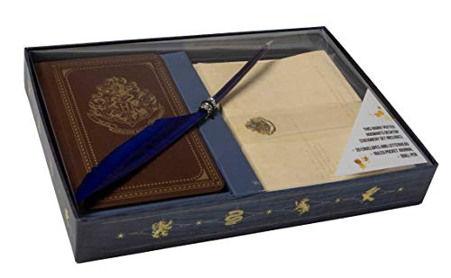 ts School of Witchcraft and Wizardry Desktop Stationary Set (Harry Potter Stationery) ()