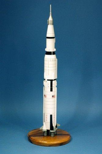saturn-v-space-rocket-modell-grosse-sammlung