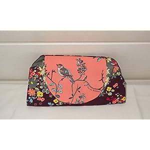 Grosse Brieftasche für Frauen aus bunten Stoffen mit Blumen und Vögeln 16 Kartenfächer, ein Fach mt Reissverschluss, 3 offene Fächer.