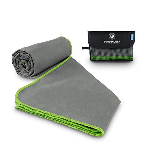 BERGBRUDER Microfaser Handtücher - Ultraleicht, kompakt, schnelltrocknend & antibakteriell | Perfekt als Reisehandtuch, Sporthandtuch, Badetuch - (Grau-Grün, M 120x60 cm)