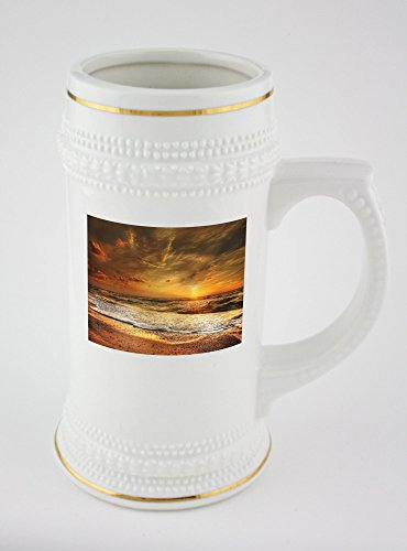 beer-mug-with-golden-rim-of-sunset-north-sea-sea-abendstimmung