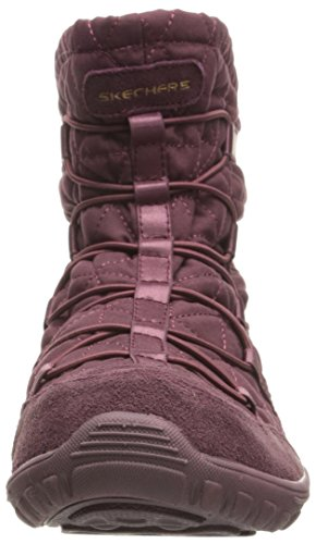 Skechers Women's Reggae Fest Steady Quilted Bungee Ankle Bootie Framboise