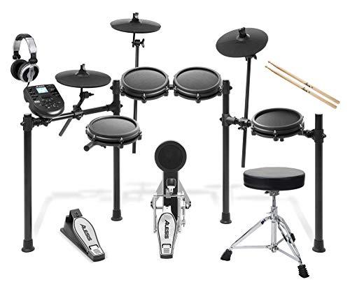 Alesis Nitro Mesh E-Drum Kit Set (hochwertiges Starterset, 8-teilig mit E-Schlagzeug, Drumhocker, Sticks, Kopfhörer & viel Zubehör) Schwarz -