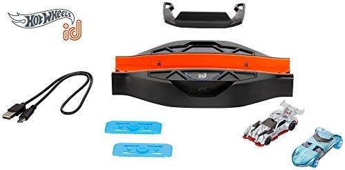 Hot Wheels iD FXB53 - Race Portal mit zwei exklusiven Fahrzeugen mit NFC-Chip zum Scannen in der Hot Wheels iD App, Auto Spielzeug ab 8 Jahren