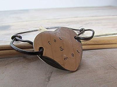 Bracelet ajustable, bijoux personnalisés, bracelet personnalisé - coeur à gravé avec votre prénom ou votre texte - cordon cuir, Cadeaux anniversaires, cadeaux Noël, cadeaux maman