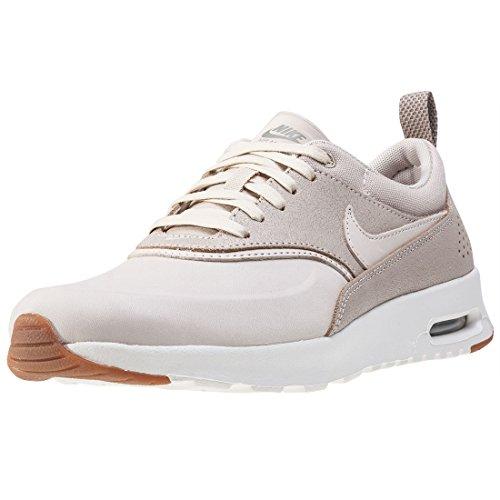 Nike Damen Wmns Air Max Thea Prm Sneakers, Beige (Oatmeal/Oatmeal/Sail/Khaki/Gum Med Brown), 38.5 EU