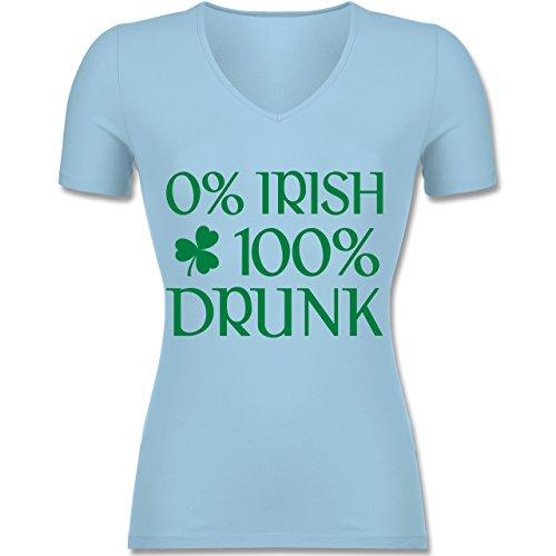 St. Patricks Day - 0% Irish 100% Drunk St Patricks Day - Tailliertes T-Shirt mit V-Ausschnitt für Frauen Hellblau