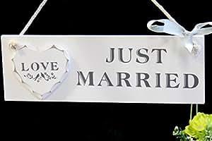 Blanc bois Just Married Plaque avec le coeur