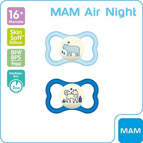 MAM Air Night Silikon Schnuller im 2er-Set, leuchtender Baby Schnuller, extra leichtes und luftiges Schilddesign mit Schnullerbox, 16+ Monate, blau