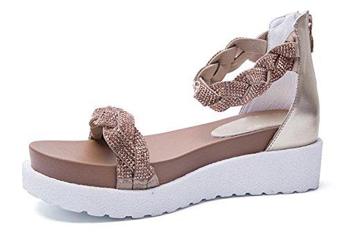 Sandálias De Verão Mulheres Com Ouro Saco De Diamante Plano E Chinelos