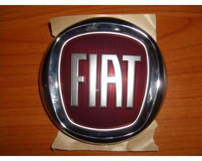 embleme-fiat-500-cinquecento-insigne-logo-coffre-arrier-postrieur-original-oem