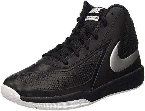 Nike Herren Team Hustle D 7 (GS) Basketball Turnschuhe, Black (Schwarz / Metallic Silber-Weiß), 38.5 EU