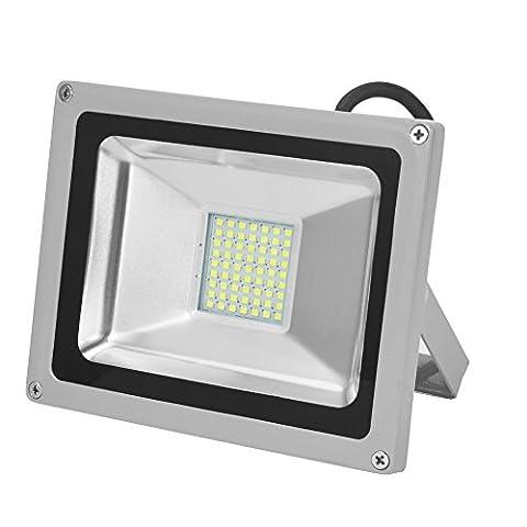 CSHITO 30W LED Projecteur Lumière Floodlight Spot Extérieur Eclairage Puissant Imperméable IP65- [Classe énergétique A++][4F]- Blanc Froid
