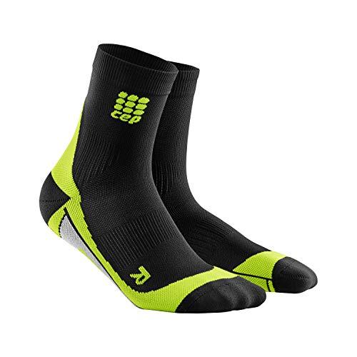CEP - Short Socks 2.0 für Herren | Kurze Laufsocken mit Kompression in schwarz/grün | Größe III -