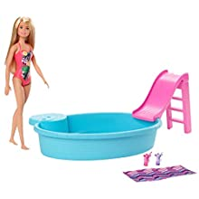 Barbie GHL91 Doll and Playset