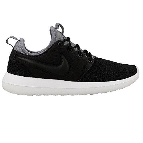 Nike W Roshe Two Se, Scarpe da Ginnastica Donna Nero-Grigio