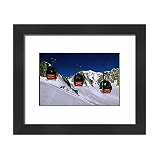Media Storehouse Framed 10x8 Print of Valle Blanche aerial tramway cabins, Rhone-Alpes, France, Europe (12094540)
