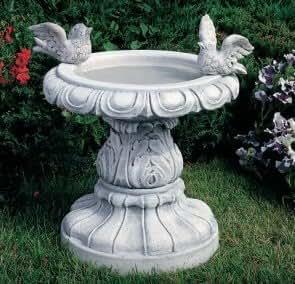 Fontaine de jardin avec un oiseau de jardin en b ton for Statue de jardin belgique