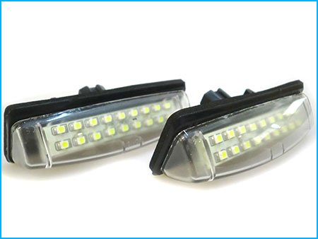 kit-luci-targa-led-toyota-camry-aurion-07-avensis-verso-prius-lexus-is200-is300-rx330-rx350-ls430-es