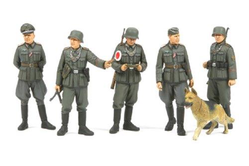 Tamiya 1:35 wwii set polizia militare tedesco, kit da assemblare e dipingere