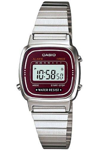 Casio Montre Femme Digitale avec Bracelet en Métal – LA-670WA-4