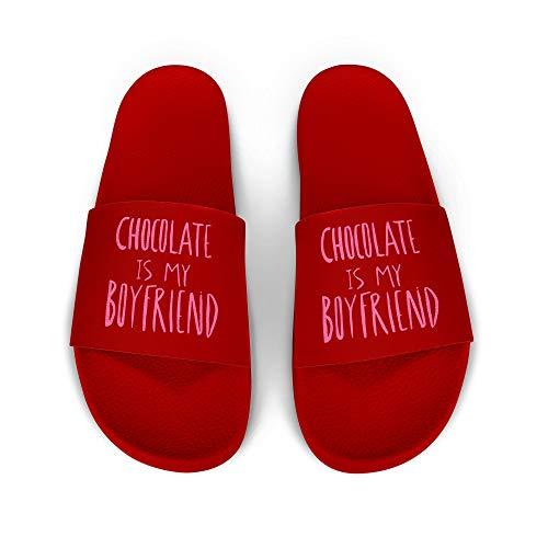 licaso iD Lette Badelatsche mit Chocolate is My Boyfriend Print I rutschfeste Sohle in ROT I Gr. 41 Schuhe I Badeschlappen Bedruckt Unisex I Männer Hausschuhe Frauen Sandalen I 1 Paar Badeschuhe