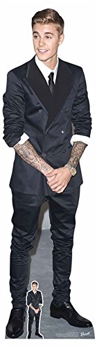 Bieber - Smart Suit and Smile - Prominente Star VIP - Pappaufsteller Standy - 49x177 cm ()