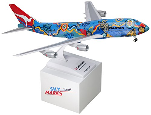 skymarksskr086-qantas-nalanji-dreaming-boeing-747-300-w-gear-1200-snap-fit-model
