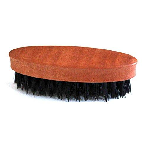 Brosse à barbe avec manche en bois poire et poils naturels by DELIAWINTERFEL