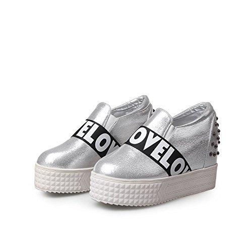 AgooLar Damen Ziehen Auf Rund Zehe Hoher Absatz Pu Leder Gemischte Farbe Pumps Schuhe Silber