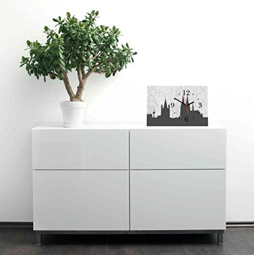 LAUTLOSE Designer Tischuhr Cologne Köln grau Standuhr modern Dekoschild Bild 30 x 20cm