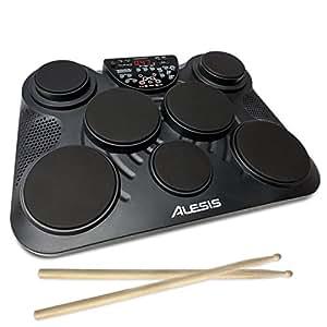 Alesis Compact Kit 7, E-Drum mit 7 anschlagdynamische Percussion Pads, 265 Schlagzeug und Percussion Sounds,eingebauter Lautsprecher,Kopfhöreranschluss,Kick und Hi-Hat Pedalen und Drum Sticks