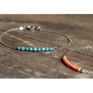 Zartes silbernes Armband mit kleinen Glasperlen in blau, rosa, grün, gelb, grau oder petrol zur Wahl