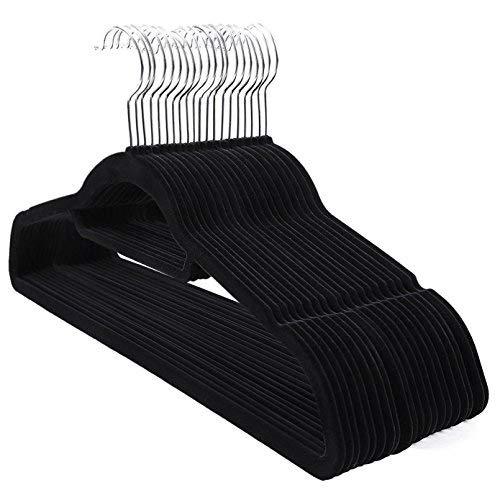 SONGMICS Kleiderbügel, Samt, 20 Stück, 0,6 cm dick, Anzugbügel, Jackenbügel mit Rutschfester Oberfläche, mit Zwei Einkerbungen, 360° drehbarer Haken, Antirutsch, Schwarz CRF20B