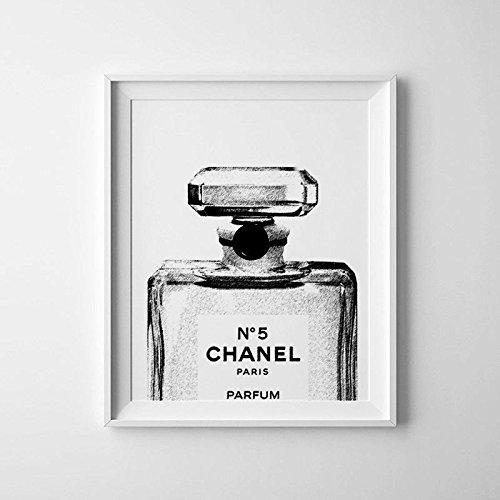 noir-et-blanc-chanel-bouteille-photographie-dimpression-chanel-photo-art-de-parfum-flacon-de-chanel-