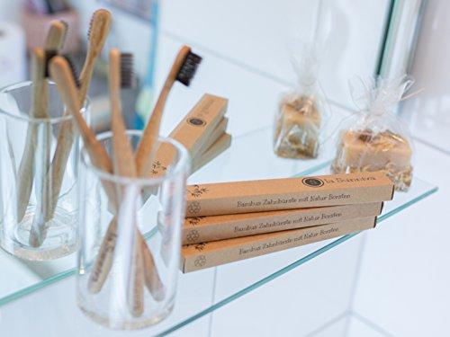 Design Bambuszahnbürsten im 3er-Pack - ein ästhetischer Blickfang im Badezimmer dank schlichtem und modernem Design - ökologisches Zähneputzen dank plastikfreier und veganer Zahnbürsten aus Bambusholz - ein angenehmes Zahnputzgefühl ohne Plastik - Recycling Verpackung - 2