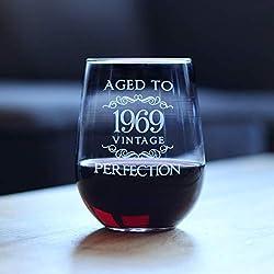Vaso de vino vintage sin tallo de Aged to Perfection 1969, tamaño grande, 11 onzas, grabado con frases de 50 cumpleaños para mujer