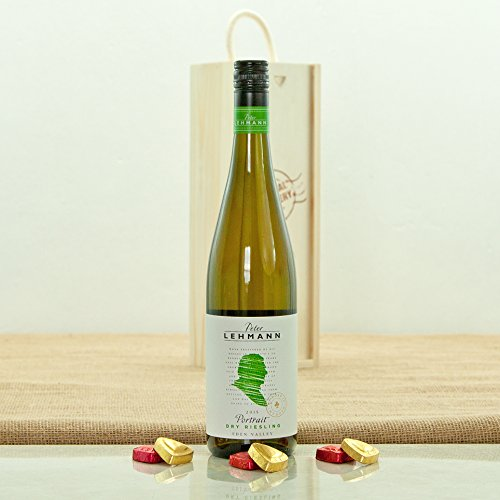 peter-lehmann-portrait-dry-riesling-in-a-special-delivery-wooden-box