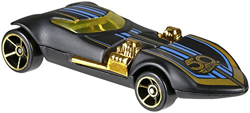 HW Hotwheels 50th Anniversary Negro y Oro FRN35 – Twin Mill 2/6