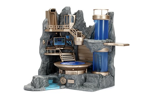 Nano Metalfigs Nanoscene Batcave Collectors Enviroment (23 Piece) at amazon