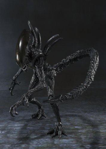 Bandai Tamashii Nations S.H. MonsterArts Alien Warrior Action Figure 6