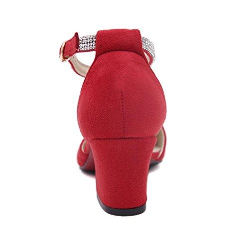 WZG Les nouvelles chaussures à talons hauts épais avec des sandales diamant creux pointu chaussures sauvages femmes de la mode d'été Red