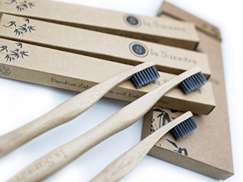 Design Bambuszahnbürsten im 3er-Pack - ein ästhetischer Blickfang im Badezimmer dank schlichtem und modernem Design - ökologisches Zähneputzen dank plastikfreier und veganer Zahnbürsten aus Bambusholz - ein angenehmes Zahnputzgefühl ohne Plastik - Recycling Verpackung - 5