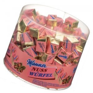 manner-nusswurfel-50er-dose-660-g