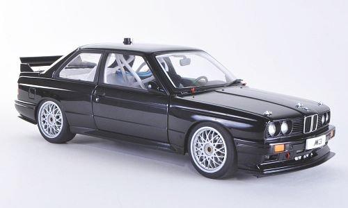 BMW M3 DTM (E30), Plain Body Version , schwarz, DTM, Modellauto, Fertigmodell, AUTOart 1:18 (E30-motor)