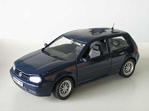 VW Golf 4 2-Türer blau Modellauto Revell 1:18 (Miniatur-golf)