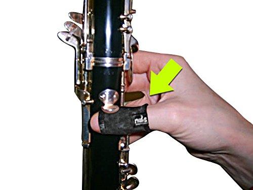 NUBS Daumenschutz für Saxophon, Oboe, Klarinette und Holzblasinstrumente, gepolstertes Daumenauflagekissen mit zusätzlicher Kompression - Schutz vor schmerzhaften Blutergüssen und Blasen (M)