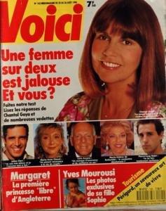 VOICI [No 145] du 20/08/1990 - une femme sur 2 est jalouse et vous - reponses de chantal goya, julien clerc,marie-anne chazel, loris azzaro, marie-helene de rothschild, pierre-loup rajot margaret, la 1ere princesse libre d'angleterre yves mourousi, les photos de sa fille sophie