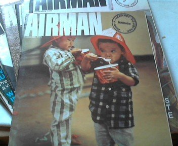 Airman - Official Magazine of the U.S. Air Force - Volume XV ( 1971 ) Complet